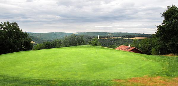 Op de hogere holes worden de golfers verwend op weidse uitzichten.....