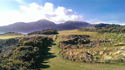 Royal County Down, één van de mooiste golfbanen van de wereld....