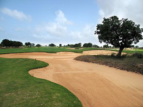 Aléa Golf Club is rijk voorzien van bunkers!