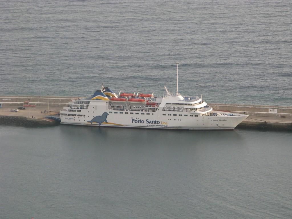 Met de veerboot kan je voor minder dan €100,00 naar Porto Santo inclusief greenfee inclusief transport naar en van de golfbaan