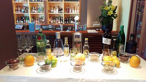 De MS Europa 2 beschikt over het grootste aanbod gin in de cruise wereld.