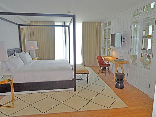De ruime standaardkamers zijn modern en comfortabel en van alle moderne gemakken voorzien